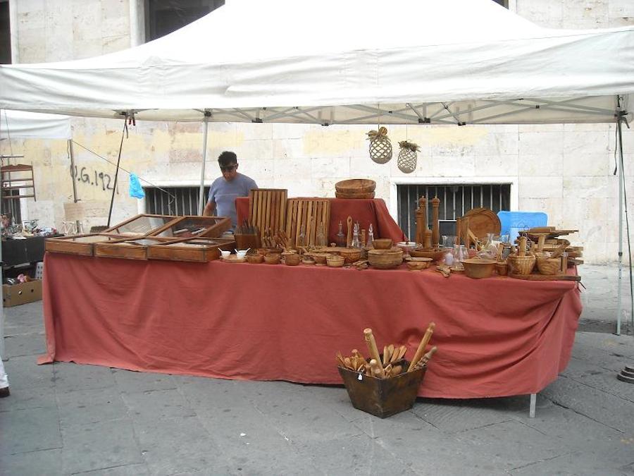 Mercato dell'antiquariato toscano