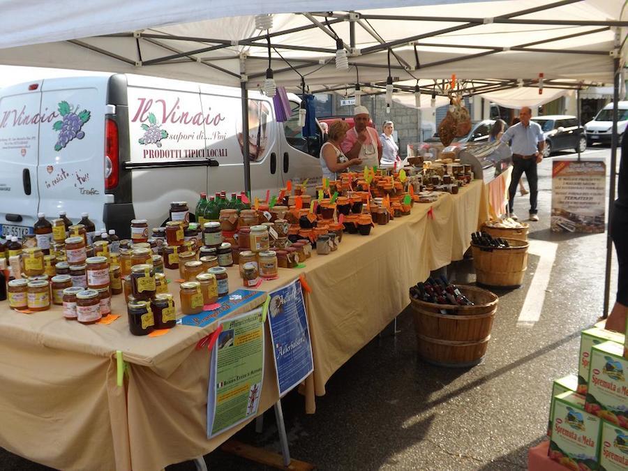 Banco prodotti tipici Toscana